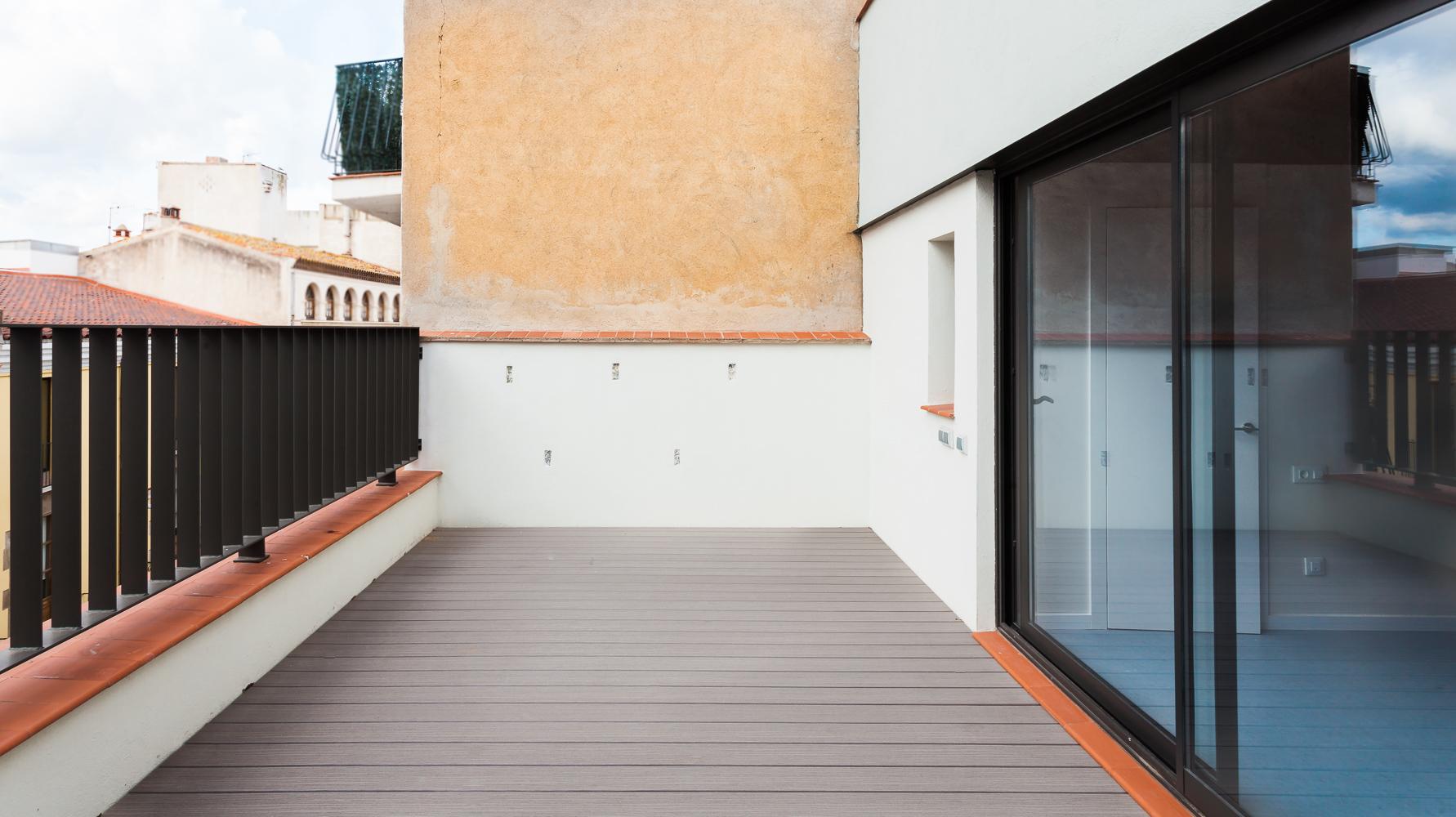 REHABILITACIÓ-CASA-LOCAL-COMERCIAL-blanes-terrassa